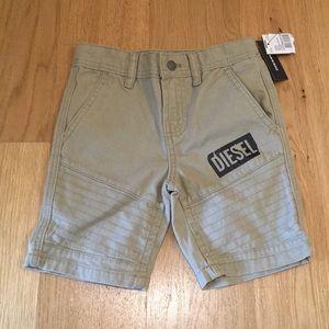Diesel boys Mojito Light Khaki shorts. Size 5
